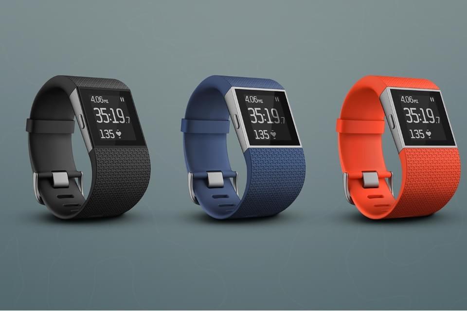 Imagem de Fitbit Surge: o relógio fitness que promete deixar smartwatches no chinelo no site TecMundo