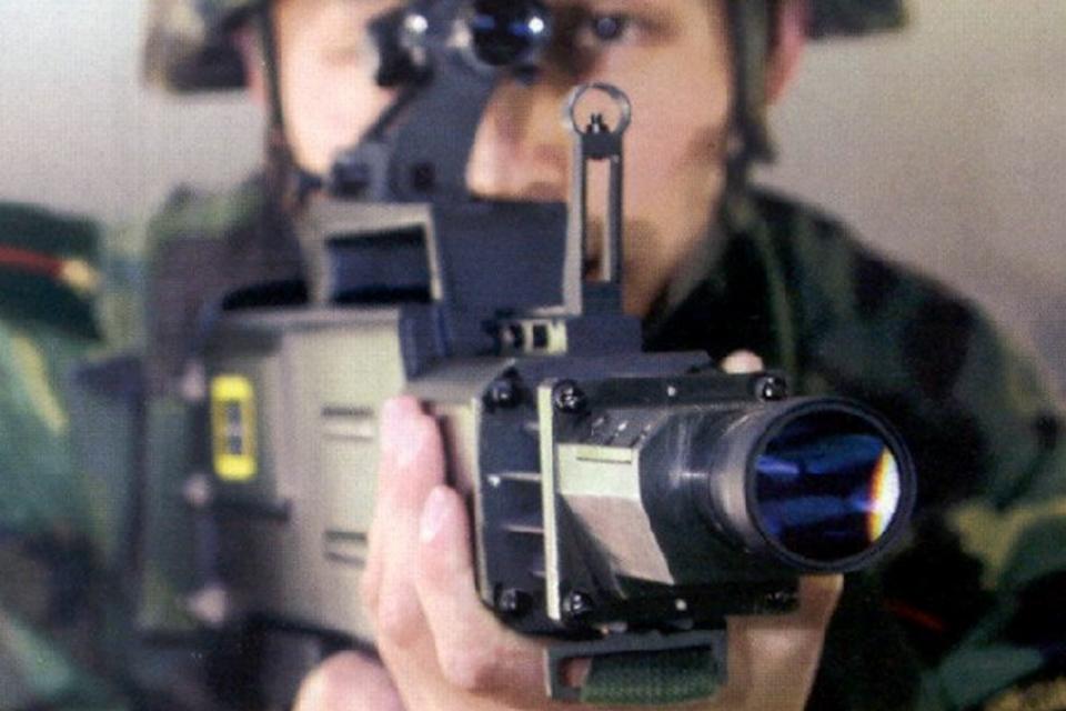 Imagem de O futuro chegou! Militares chineses já utilizam armas de laser no tecmundo