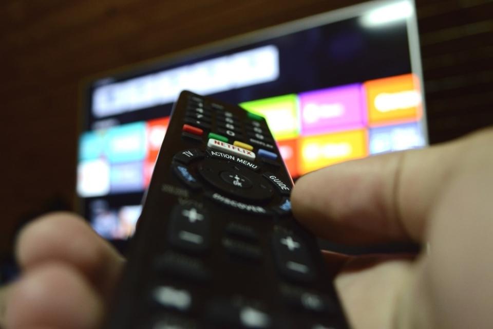 Imagem de Qual é o plano de TV por assinatura que cabe melhor no seu bolso? no tecmundo