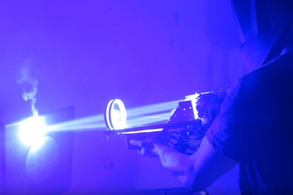 Imagem de Ver uma bazuca laser funcionando é impressionante – e assustador [vídeo] no tecmundo