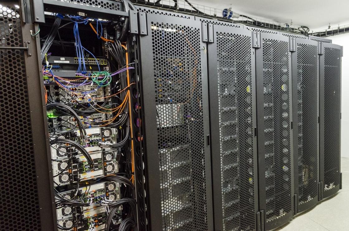 Imagem de É do Brasil! UFRJ inaugura supercomputador monstruoso de 226 teraflops no tecmundo