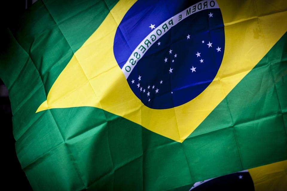 Imagem de Por que o WhatsApp já foi bloqueado tantas vezes no Brasil? no tecmundo