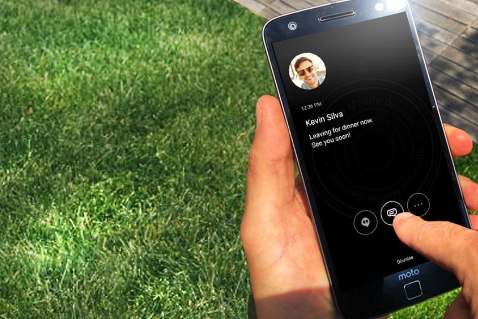 Imagem de Com indireta no Twitter, Motorola diz que Samsung roubou recurso Always on no tecmundo