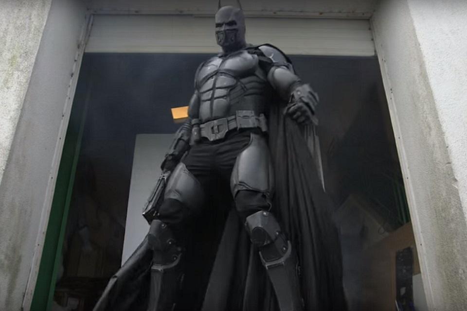 Imagem de Traje do Batman vencedor do Guinness vai fazer você chorar de inveja no tecmundo