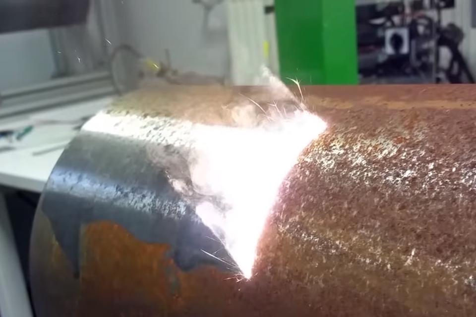 Imagem de Canhão laser de 1000 Watts consegue destruir tudo o que estiver na mira no tecmundo