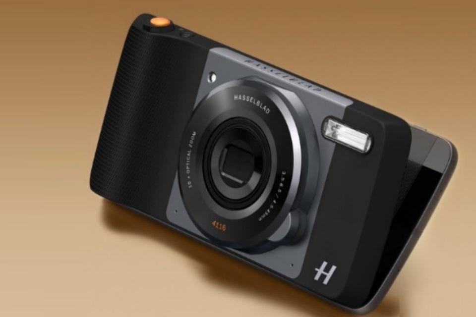 Imagem de Moto Z recebe Moto Mod de câmera com zoom de 10x e abertura de alto nível no tecmundo