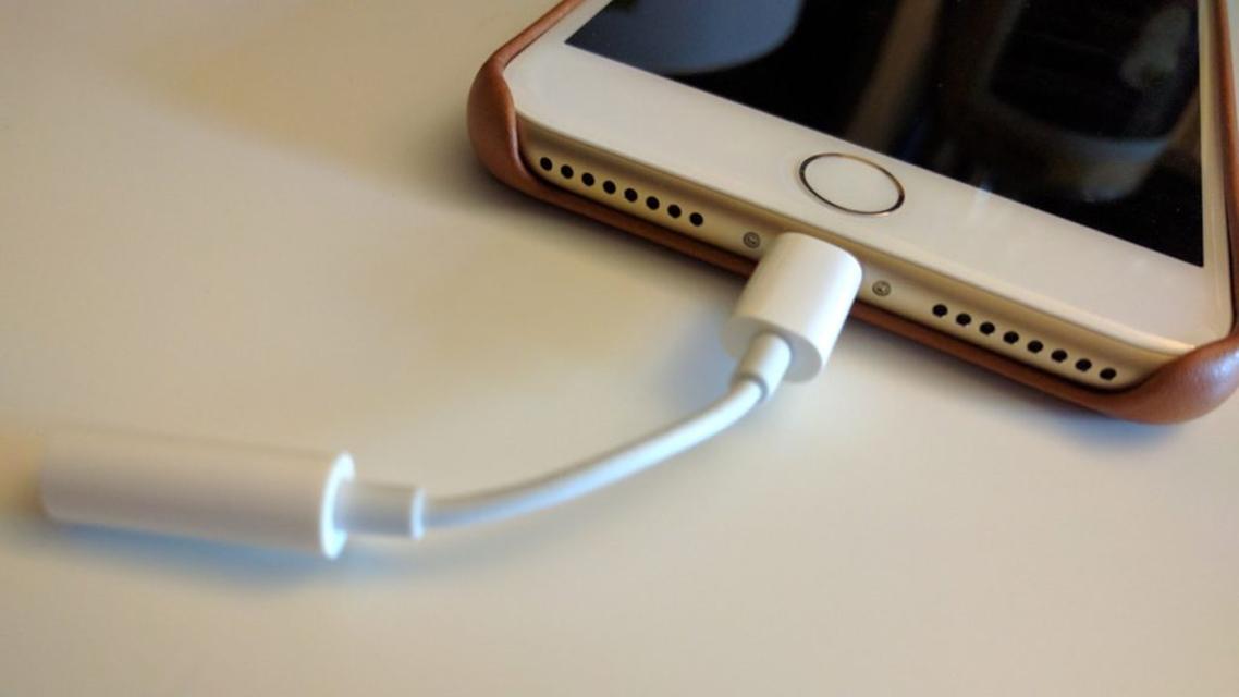 Imagem de É audiófilo? Adaptador do iPhone 7 atrapalha a qualidade sonora de músicas no tecmundo