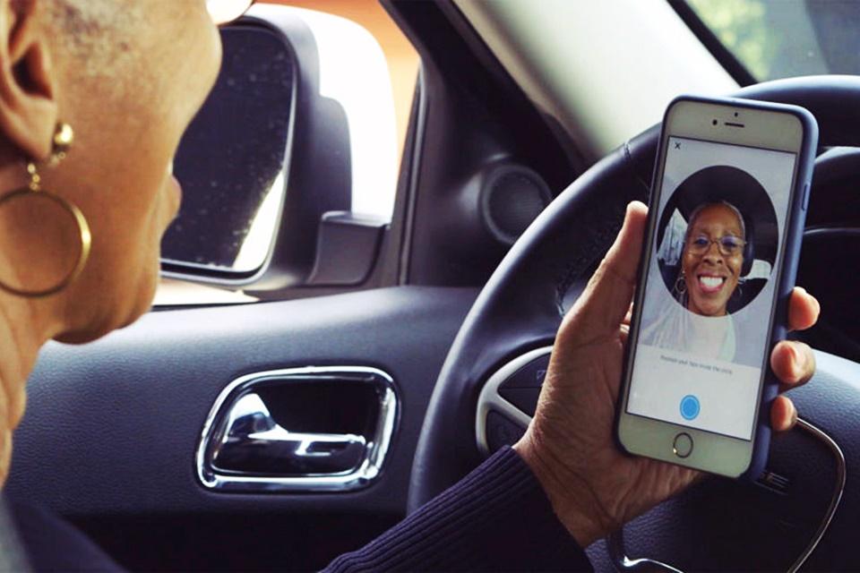 Imagem de Sorria! Uber adiciona sistema de identificação de motoristas via selfie no tecmundo
