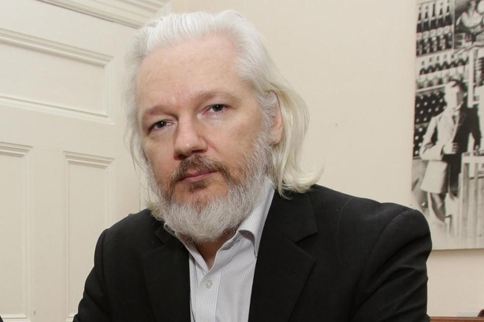 """Imagem de WikiLeaks: Assange teve acesso à internet bloqueado por """"partido de estado"""" no tecmundo"""