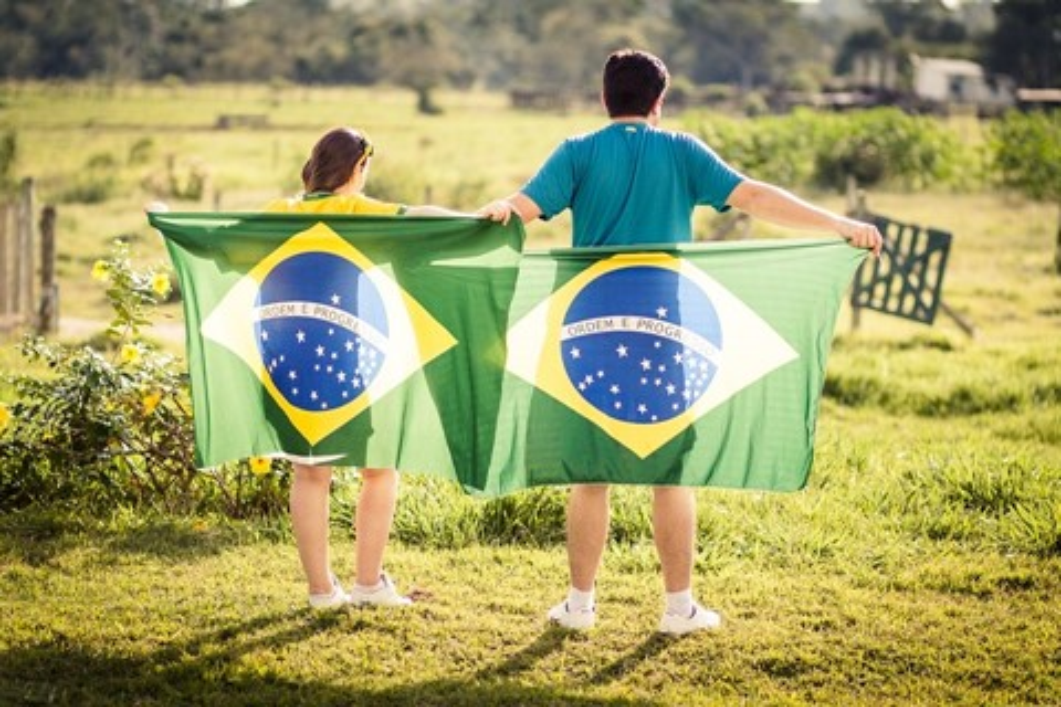 Imagem de Como o brasileiro utiliza o smartphone? Infográfico responde isso pra você no tecmundo
