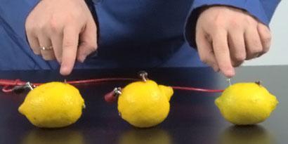 Imagem de Área 42: como produzir energia elétrica com limões [vídeo] no site TecMundo