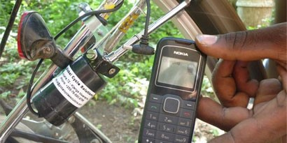 Imagem de Carregue o seu celular enquanto anda de bicicleta no site TecMundo