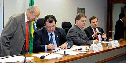 Imagem de Senado aprova Lei Geral de Antenas no site TecMundo