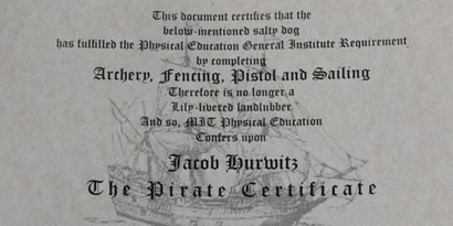 Imagem de MIT entrega diplomas de piratas a seus alunos no site TecMundo