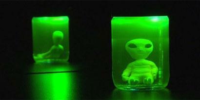 Imagem de Área 42: tenha seu próprio alienígena (de mentirinha) dentro de uma jarra [vídeo] no site TecMundo