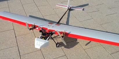 Imagem de Aeromodelo do MIT plana em locais fechados e desvia de obstáculos no site TecMundo