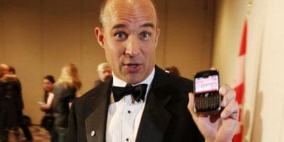 Imagem de Ex-CEO adjunto da BlackBerry vende todas suas ações da empresa no site TecMundo