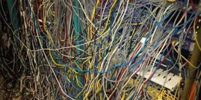 Imagem de 10 formas de manter os cabos dos eletrônicos organizados em casa [vídeo] no site TecMundo