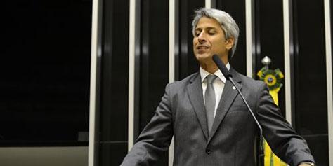 """Imagem de """"Internautas vão sentir diferença com o Marco Civil"""", diz Molon no site TecMundo"""
