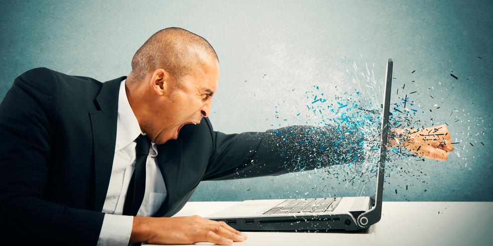 Imagem de Mais de 5 dias por ano são perdidos por quem possui computadores lentos no site TecMundo