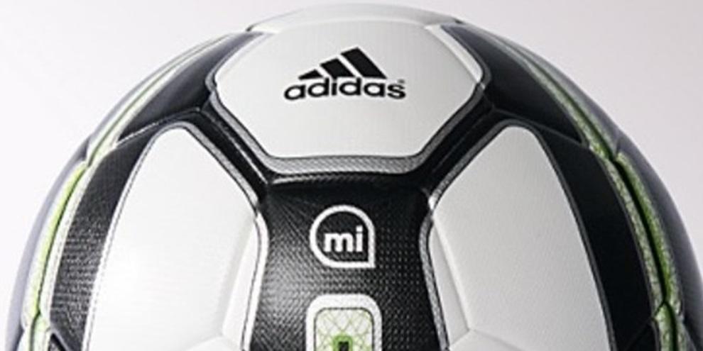Imagem de Bola de futebol inteligente da Adidas faz você bater faltas como um mestre no site TecMundo