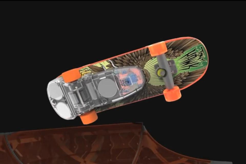 Imagem de Conheça o mini skate que promete reproduzir as manobras de Tony Hawk no site TecMundo
