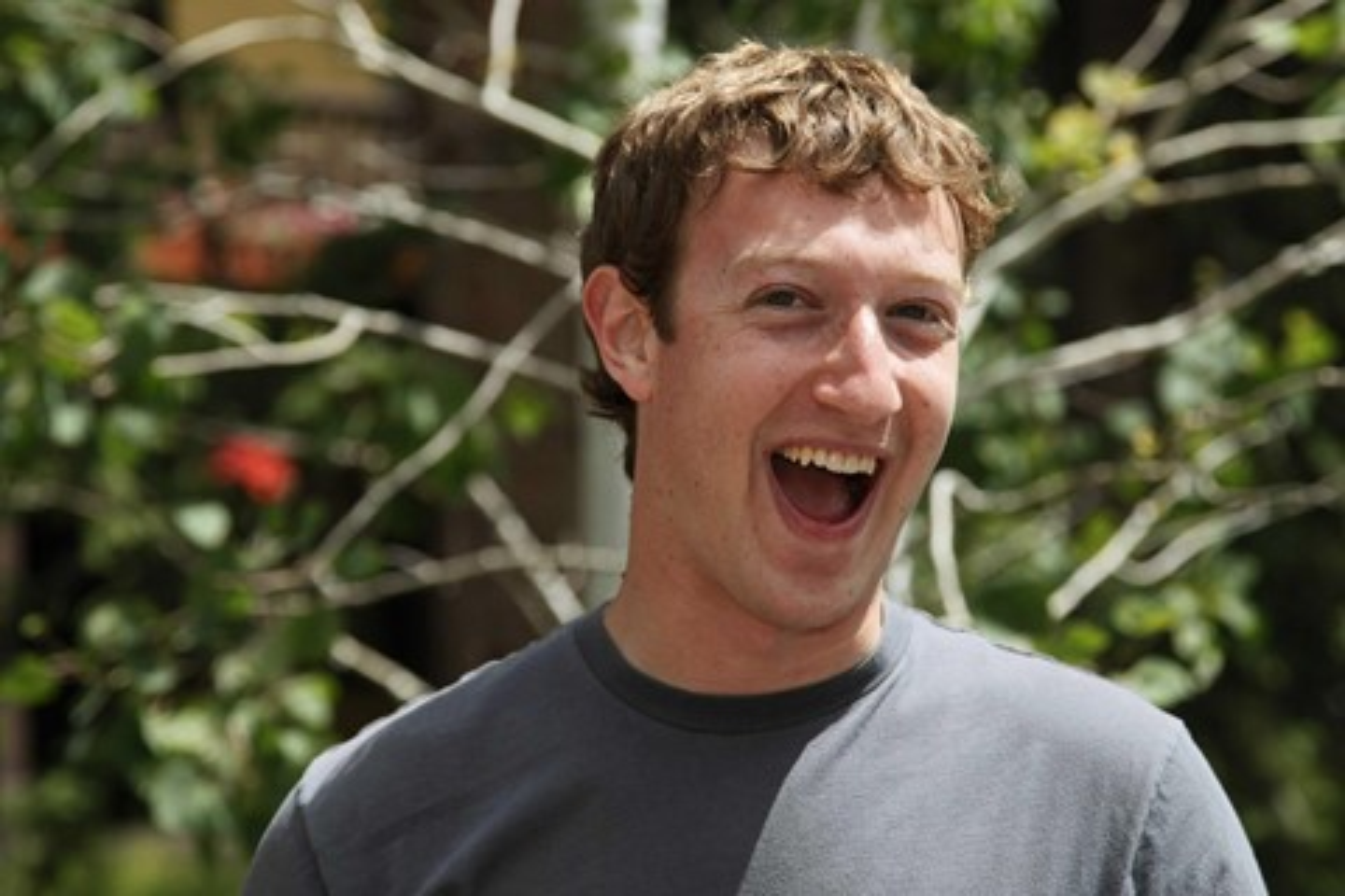 Imagem de 5 das melhores respostas de Mark Zuckerberg aos usuários do Facebook no site TecMundo