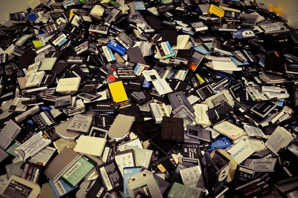 Imagem de Veja lista dos 14 aparelhos que recarregam mais rápido entre os celulares no site TecMundo