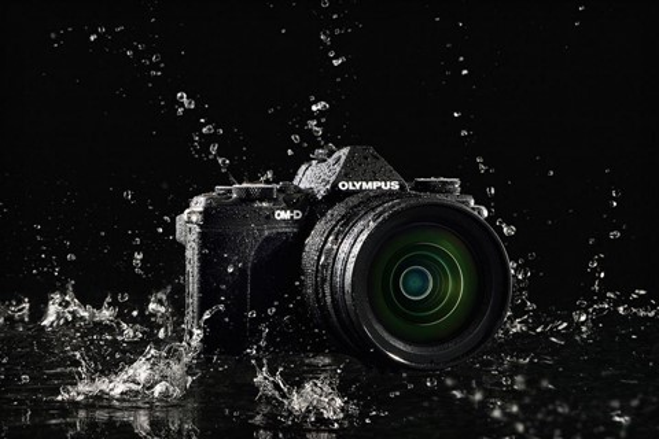 Imagem de Para vídeos Full HD e fotos de 40 MP: conheça a Olympus OM-D E-M5 Mark II no site TecMundo