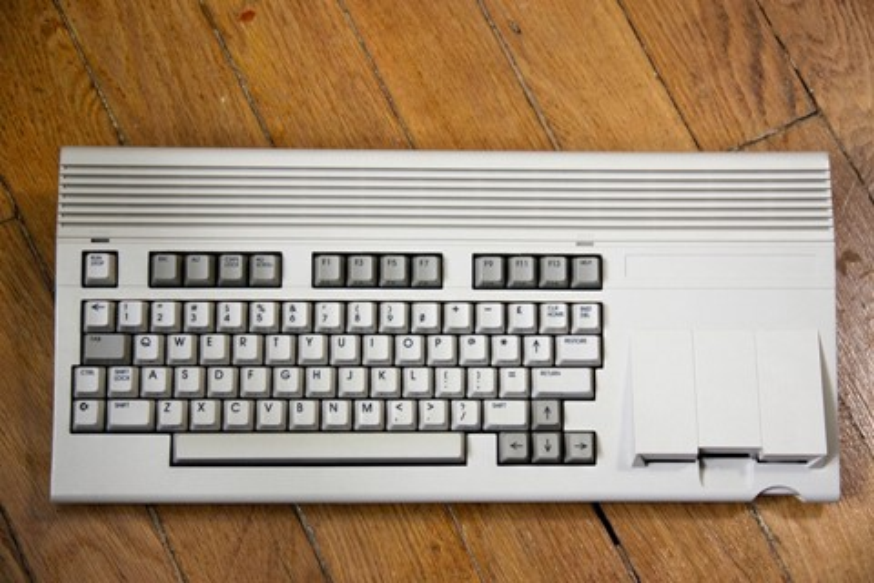 Imagem de Segundo modelo de computador mais raro do mundo foi vendido por R$ 64 mil no site TecMundo