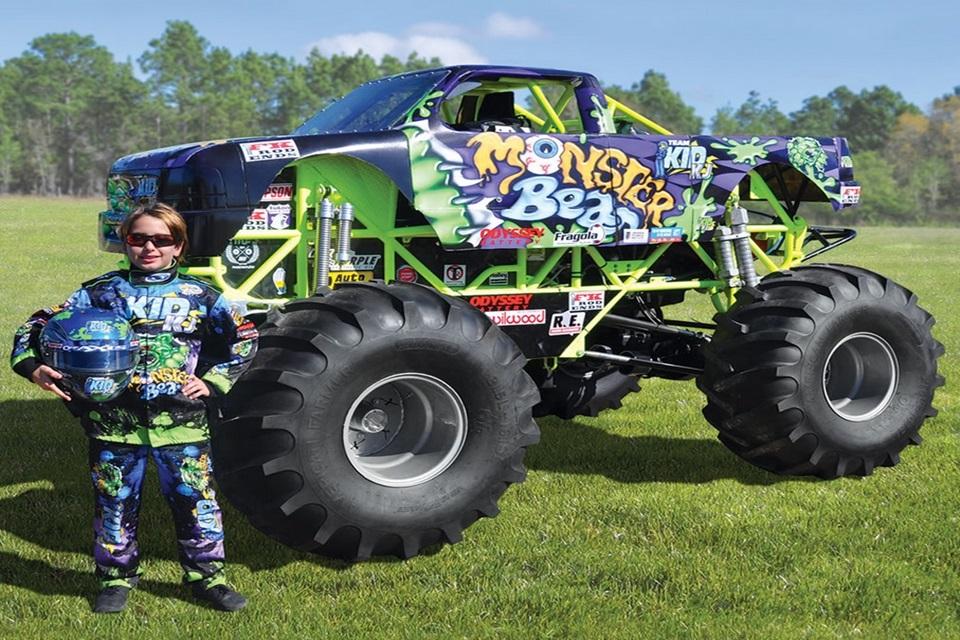 """Imagem de """"Monster truck para crianças"""" intimida e custa quase quase R$ 400 mil no tecmundo"""