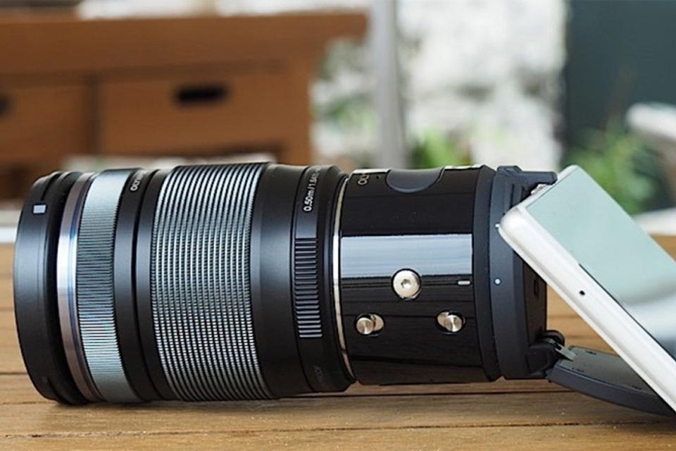 Imagem de Olympus Air, a câmera profissional para smartphones, chega aos EUA em julho no tecmundo