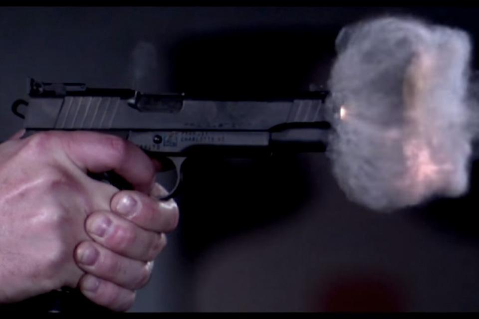 Imagem de Veja um projétil ser disparado aos 73 mil quadros por segundo [vídeo] no tecmundo