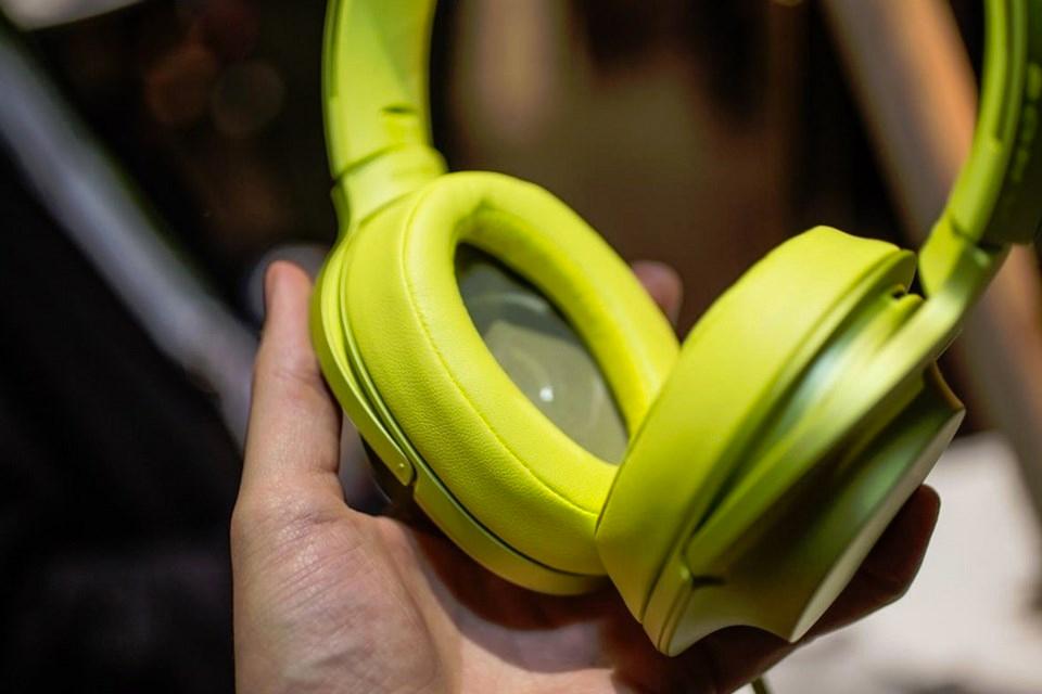 """Imagem de Design elegante e """"ruído mudo"""": Sony revela série de fones h.ear [galeria] no tecmundo"""