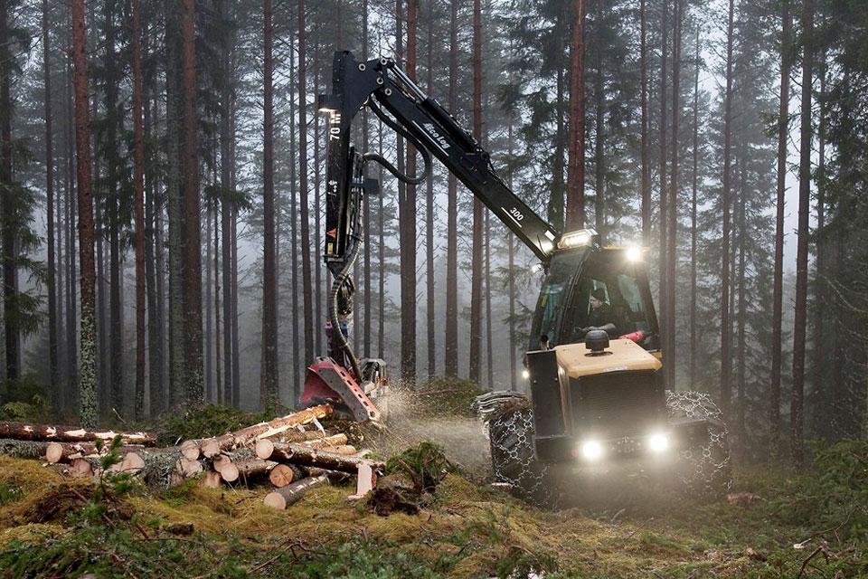 Imagem de Tchau, machado: máquina é capaz de cortar árvores em segundos [vídeo] no tecmundo