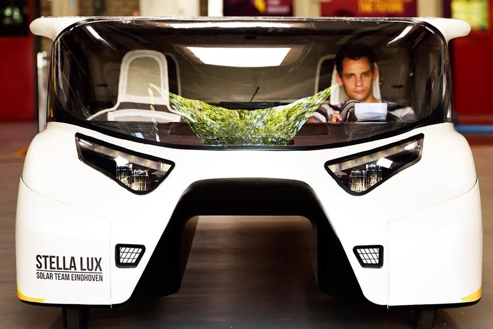 Imagem de 7 carros do futuro movidos apenas a energia solar no tecmundo