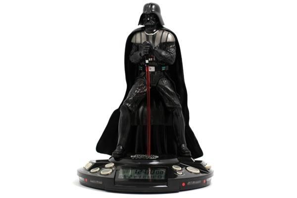 Despertador do Darth Vader. Está disponível na Americanas e no Submarino. Preço: 299,89.