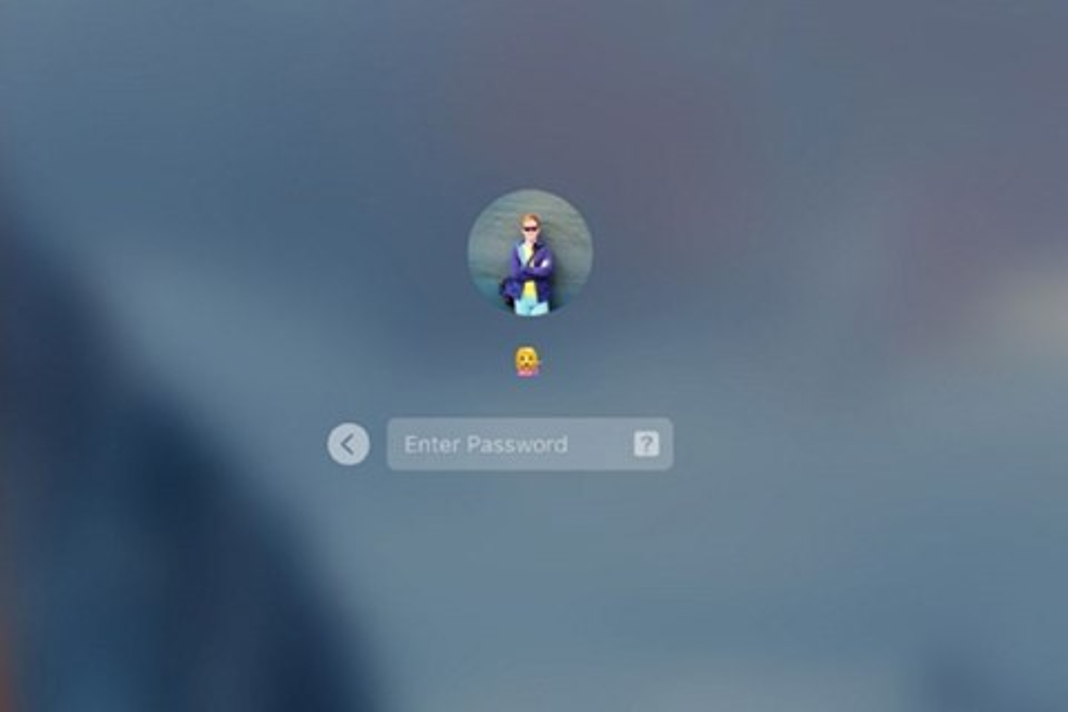 Imagem de Não seja esse cara: rapaz coloca emoji como senha e trava conta no tecmundo