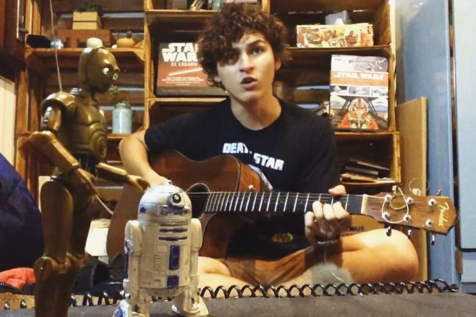 Imagem de Relembre tudo de 'Star Wars' em uma paródia genial de 'Faroeste Caboclo' no tecmundo