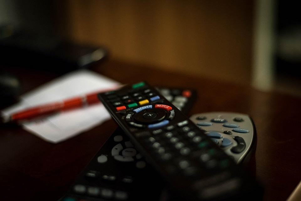 Imagem de PROTESTE aponta como gastar menos com TV paga no tecmundo