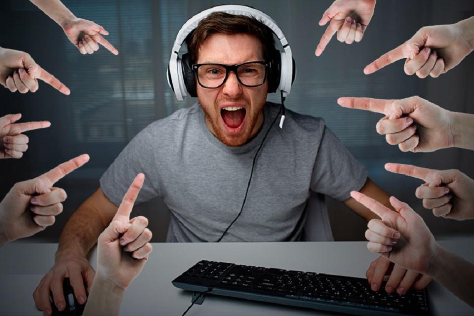 Imagem de Você joga games online? Segundo Anatel, a culpa do corte de internet é sua no tecmundo