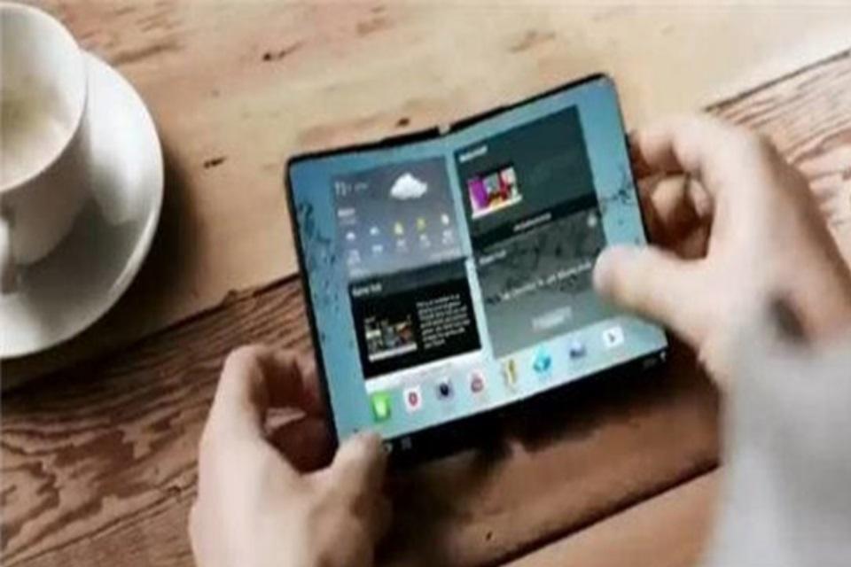 Imagem de Celular dobrável da Samsung pode chegar já no começo de 2017 no tecmundo
