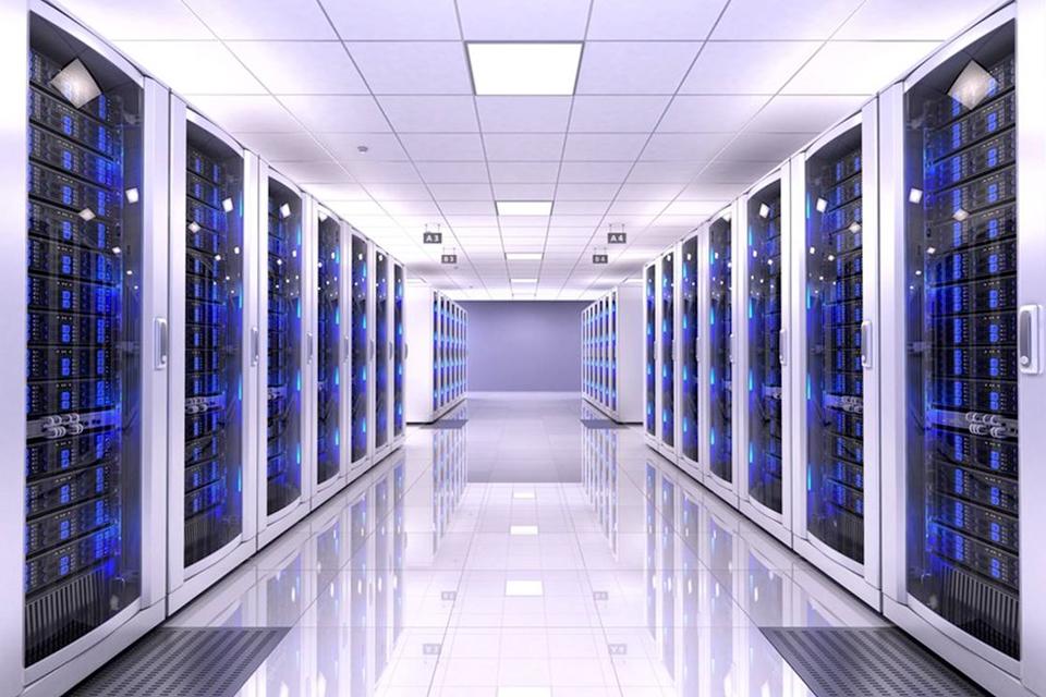 Imagem de Conheça a estrutura monstruosa utilizada pela Google para seus servidores no tecmundo