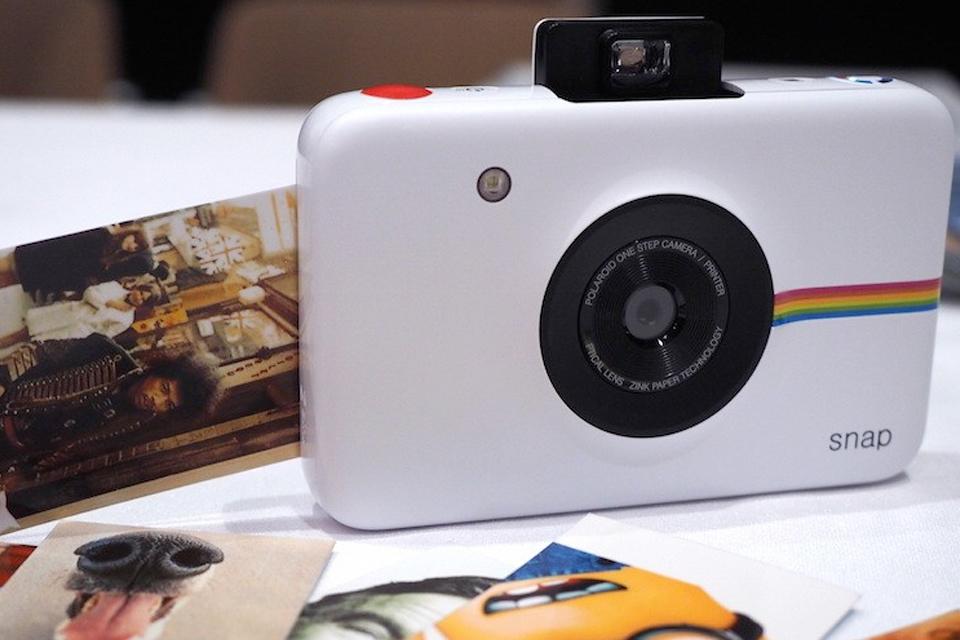 Imagem de Chega ao mercado câmera com impressão instantânea sem o uso de tinta no tecmundo