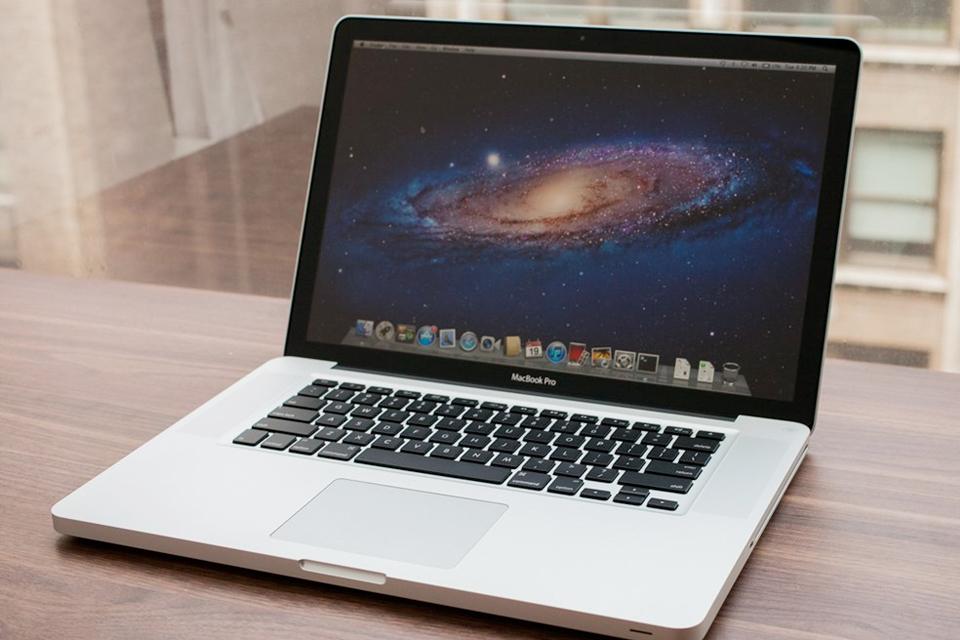 Imagem de Tem um MacBook comprado antes de 2010? Adeus, atualização para macOS Sierra no tecmundo