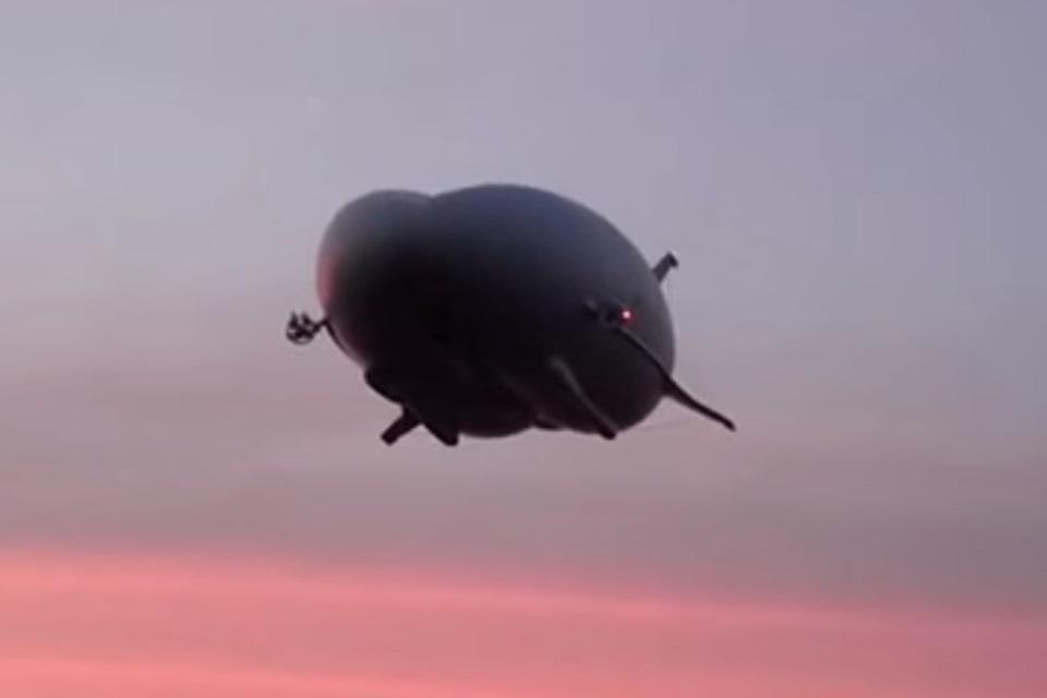 Imagem de Airlander 10: dirigível de 90m de comprimento faz primeiro voo.... De novo no tecmundo