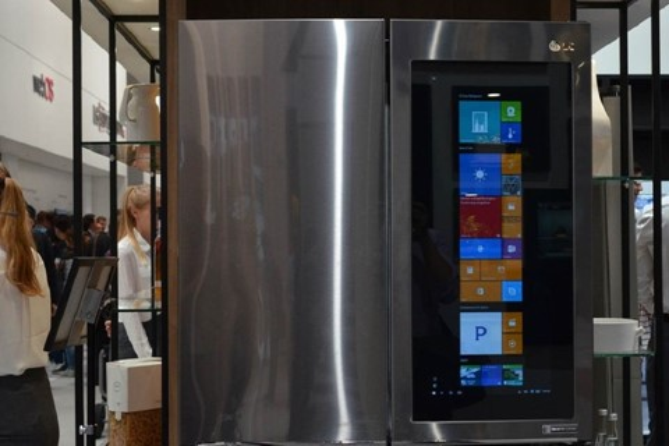 Imagem de Sabe onde a LG enfiou o Windows 10? Em uma geladeira no tecmundo