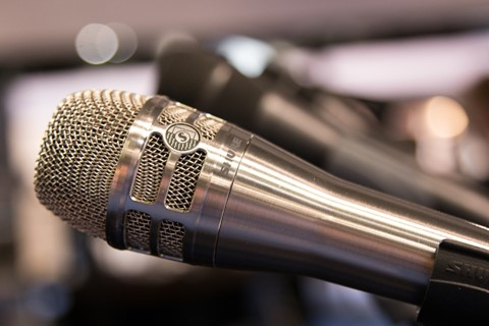 Imagem de Aprenda sobre áudio e tecnologia com os cursos gratuitos da Shure no tecmundo