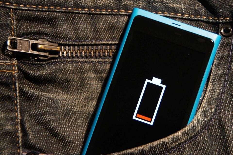 Imagem de Consumo de bateria de celular por brasileiros é um dos maiores do mundo no tecmundo
