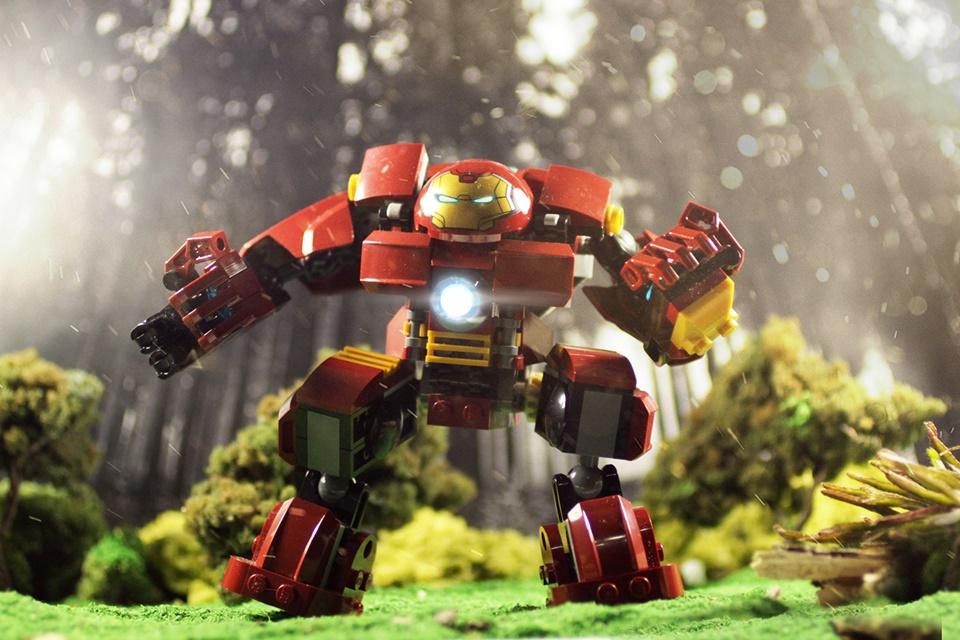 Imagem de Brasileiro usa versão LEGO de heróis e vilões para criar fotografias épicas no tecmundo